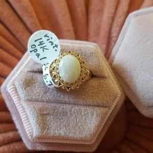 Vintage 14k Opal Ring